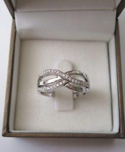 Engagement ring set,Diamond infinity knot rings