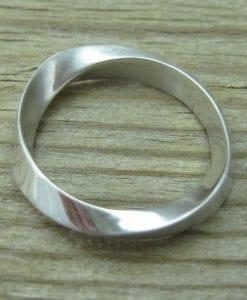 Mobius Wedding Band With Matte Texture, 4.5mm Mobius Wedding Ring
