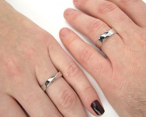 Mobius Wedding set in 18K Yellow Gold, Wedding rings set