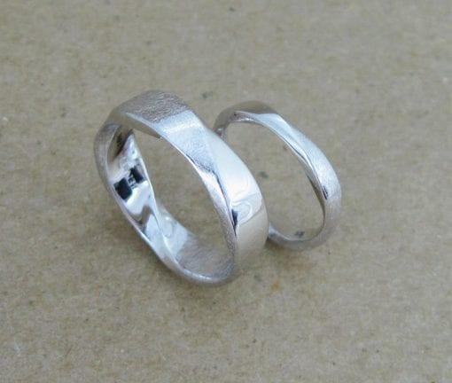 Wedding Rings Set, Mobius Ring