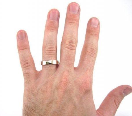 mens wedding ring, mobius 5mm wedding band